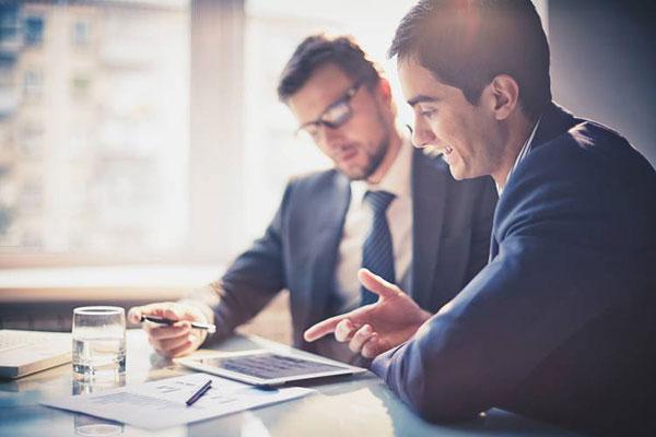 هفت راه حل برای انتخاب بهترین افراد برای استخدام در استارتاپ ها